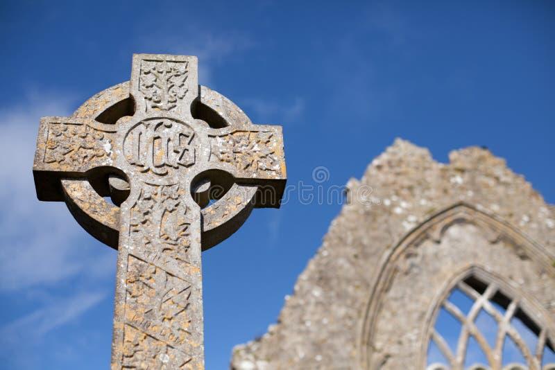 Traversa di pietra celtica immagini stock