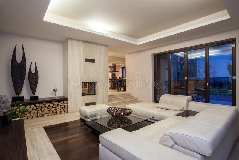 Travertine house - luxurious living room royalty free stock photos