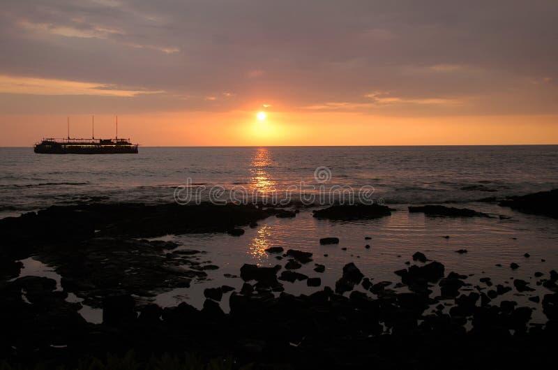 Travesía de la cena de la puesta del sol foto de archivo libre de regalías