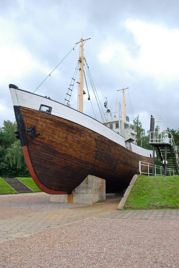 Trawler blisko Litewskiego Dennego muzeum zdjęcie royalty free