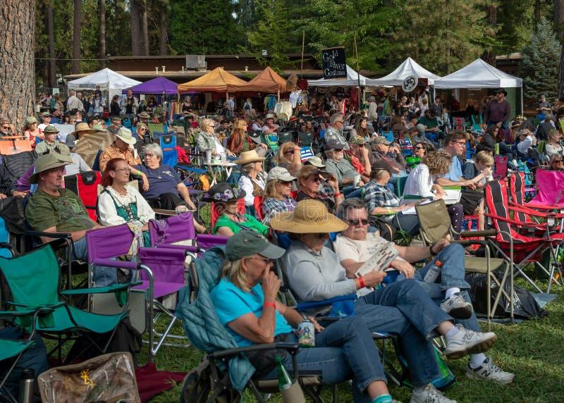 Trawy dolina, Kalifornia, usa - 29 2018 Październik: KVMR Celtycki festiwal, Nevada okręgu administracyjnego Fairgrounds Zakładaj obraz royalty free