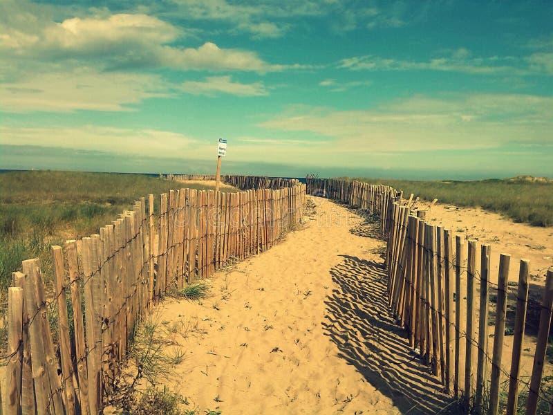 Trayectoria de la playa fotos de archivo