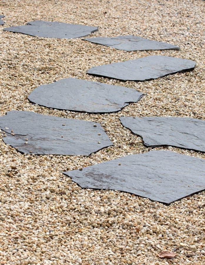 Trayectoria de piedra en Zen Garden imagen de archivo