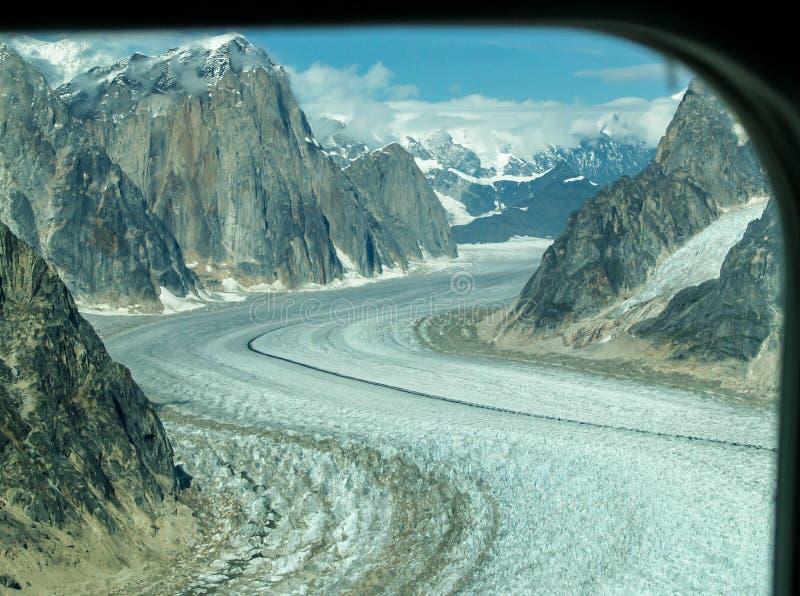 Trayectoria del glaciar de Flightseeing en Alaska, los E.E.U.U. imagenes de archivo