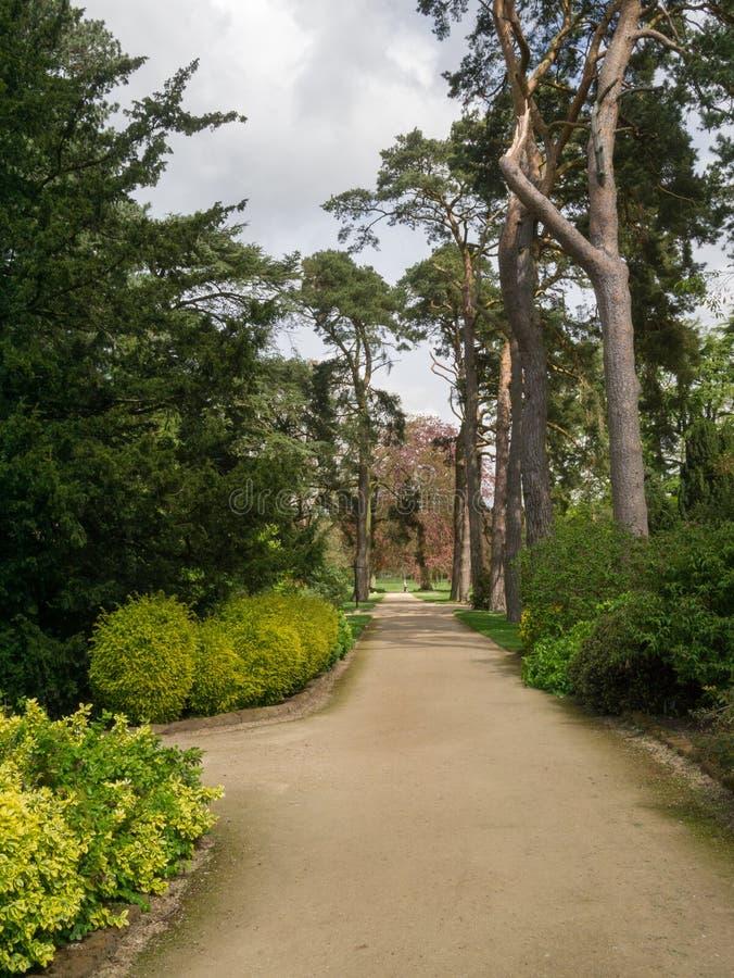Trayectoria del jardín en el estado de Sandringham foto de archivo