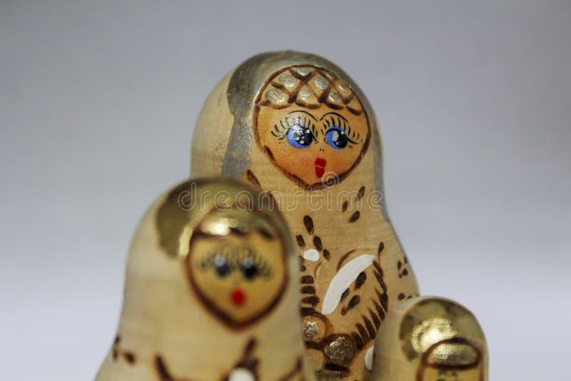 Tre bambole di incastramento fotografia stock