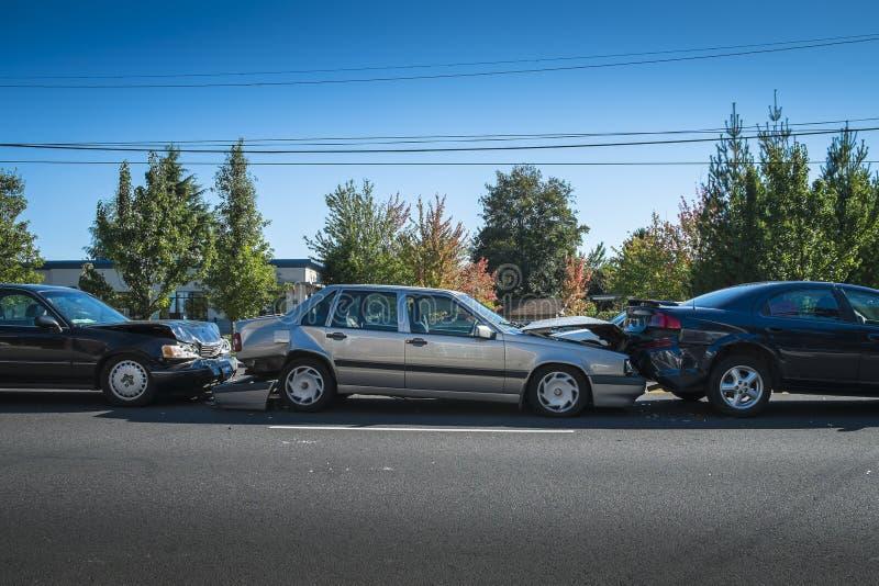 Tre-bil olycka fotografering för bildbyråer