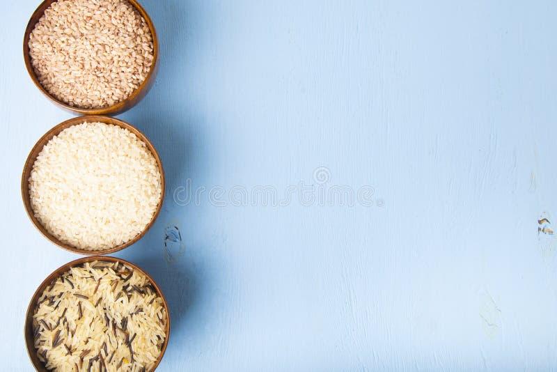 Tre bunkar med ris royaltyfri fotografi