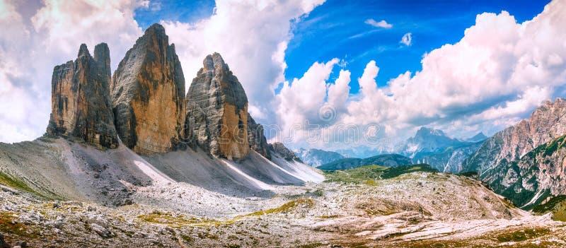 Tre cime Di Lavaredo panoramiczny widok Dolomiti Włoscy Alps, Vene zdjęcia stock