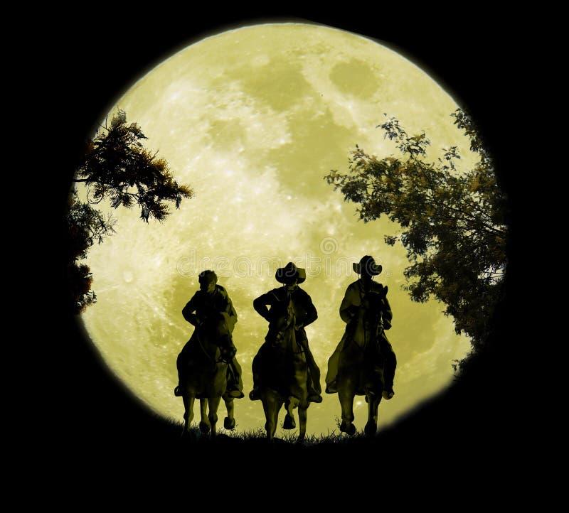 Tre cowboy nell'ambito delle sorgere della luna illustrazione vettoriale