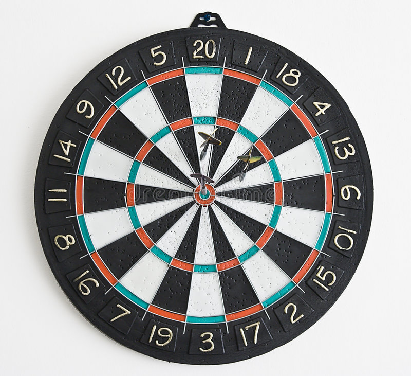 Download Tre dardi in dartboard immagine stock. Immagine di dardi - 3137993