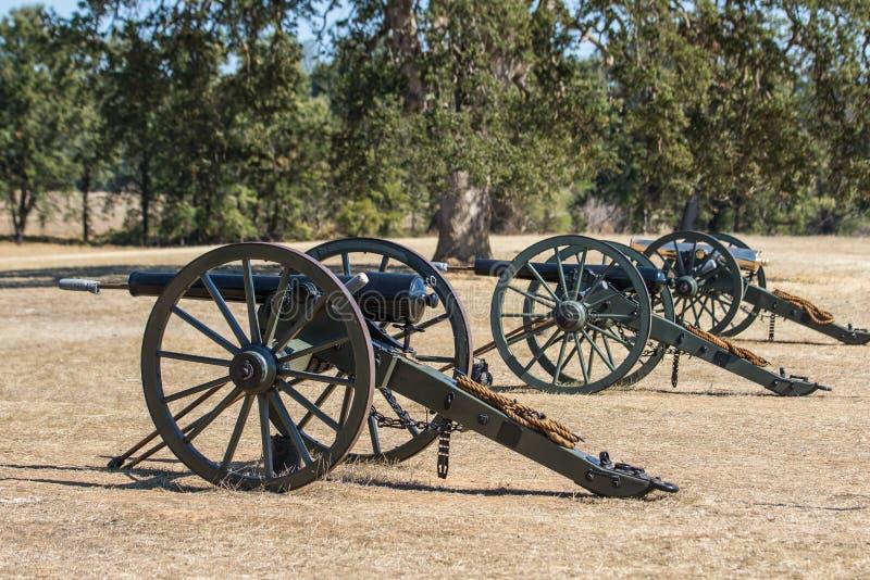 Tre kanoner för facklig armé royaltyfri foto