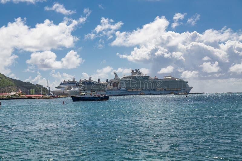 Tre kryssningskepp i St Maarten arkivbilder