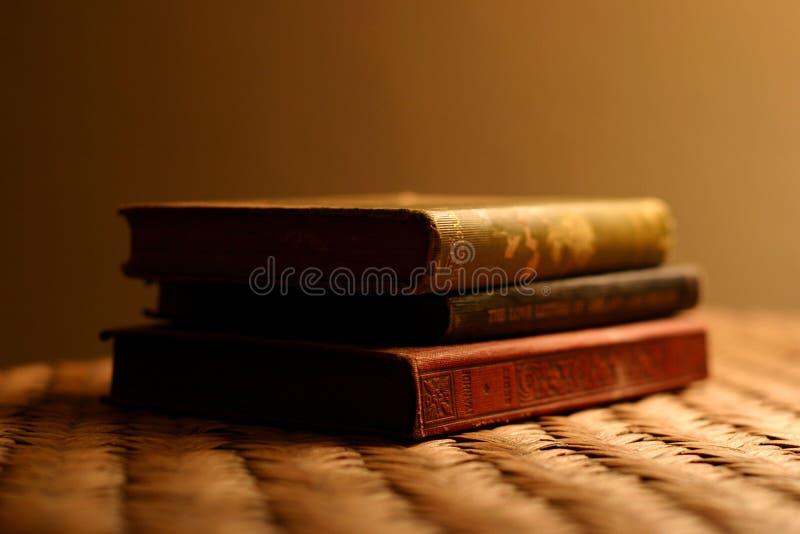 Tre libri antichi fotografia stock