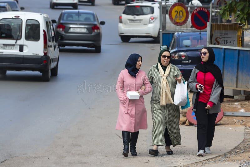 Tre marockanska kvinnor royaltyfri foto