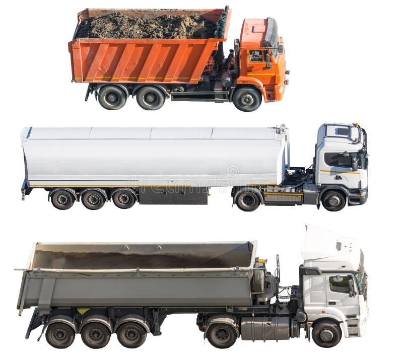 Tre olika lastbilar som isoleras på vit bakgrund Slapp fokus Åka lastbil med släpet och behållaren, last i stora partier, person  arkivfoton