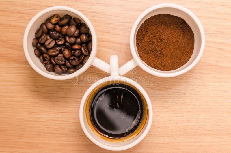 Tre tipi di fondi di caff?, grano, bevanda fotografia stock libera da diritti