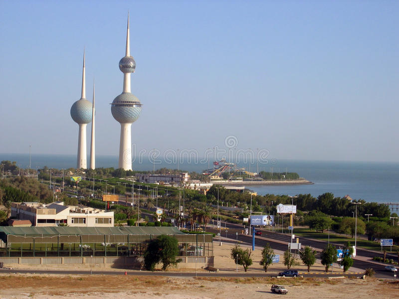 Tre torn i Kuwait royaltyfria bilder