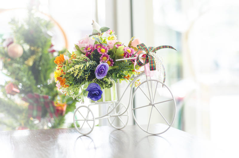 Tre Wheeler Flower Bouquet royaltyfria foton
