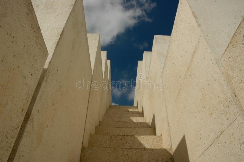 Download Treden stock foto. Afbeelding bestaande uit stairs, uitdaging - 289826