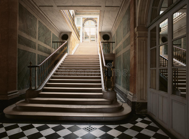 Treden in het Paleis van Versailles royalty-vrije stock afbeeldingen