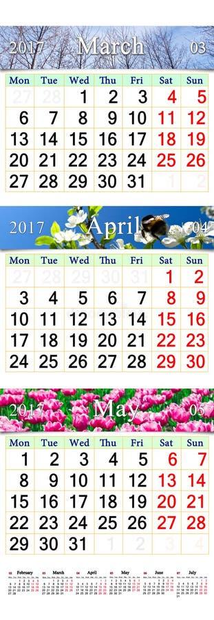 Trefaldig kalender för mars April och Maj 2017 med bilder arkivfoton