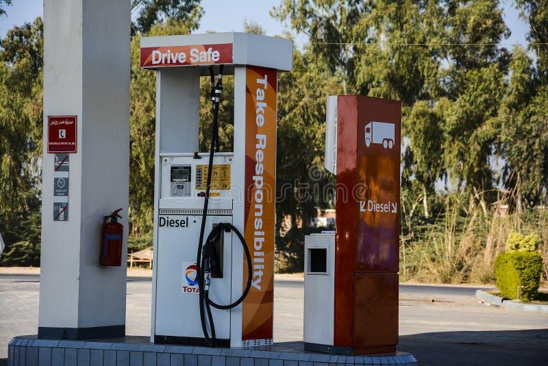 Treibstoff - Tankstelle stockfotos