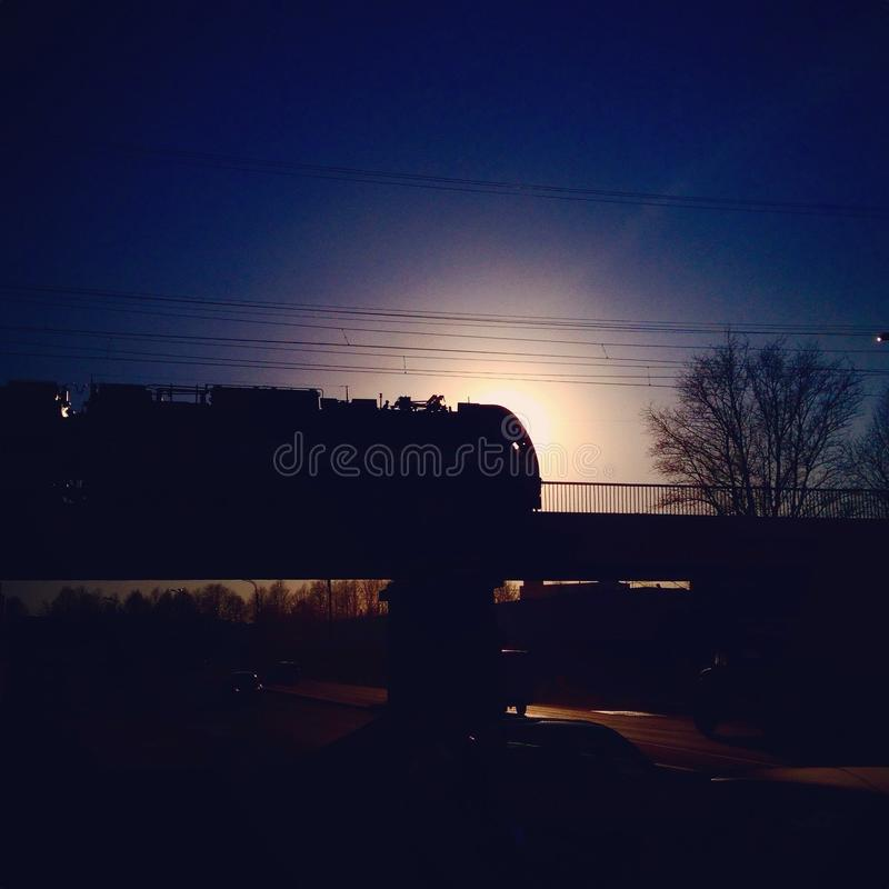 Trein bij Zonsondergang royalty-vrije stock foto
