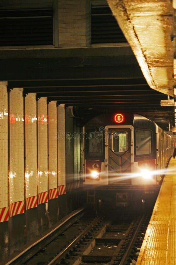 6 trein Bronx stock afbeelding