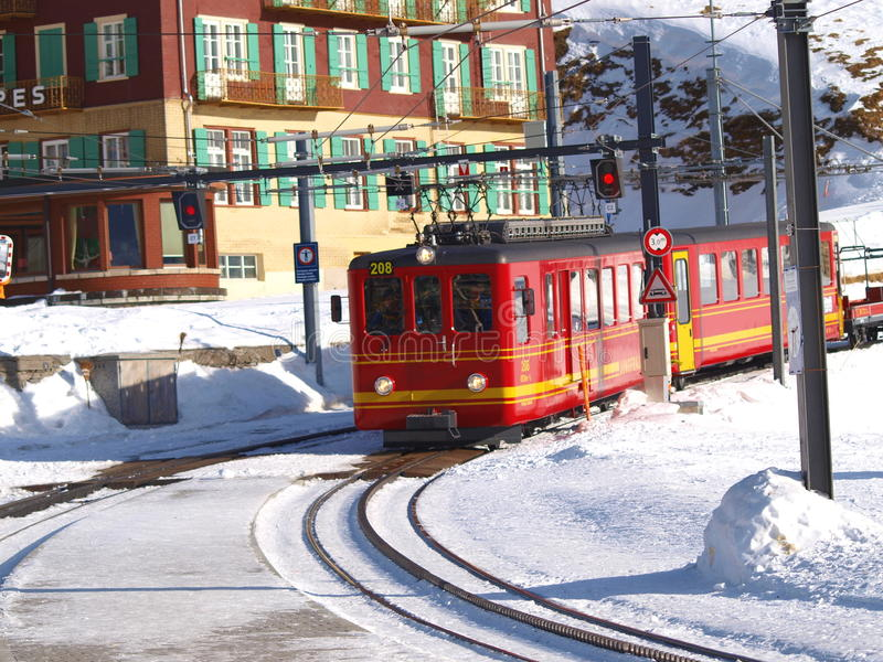 Trein in Lauterbrunnen, Interlaken stock foto