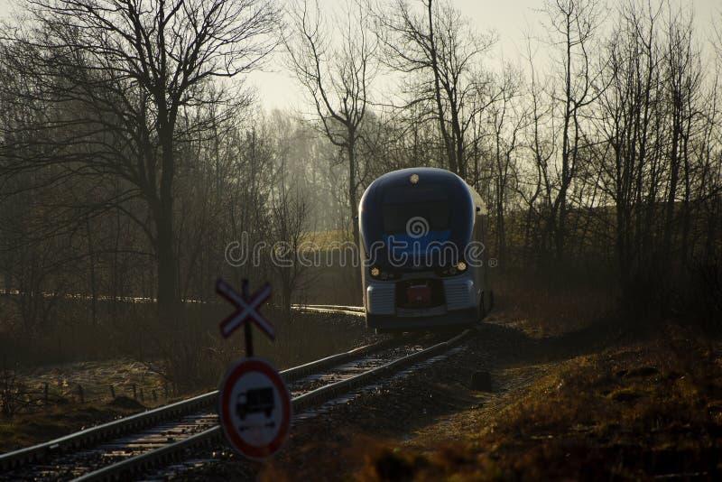 Trein Regioshark in ochtend royalty-vrije stock afbeelding
