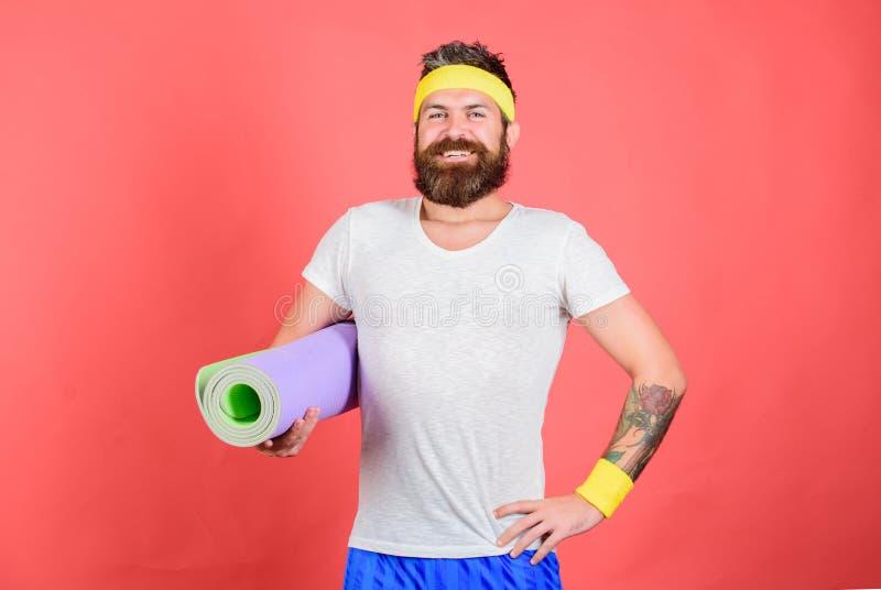 Treinador do atleta pronto para treinar Conceito da ginástica aeróbica da velha escola Eu ensiná-lo-ei esticar Conceito do esticã fotos de stock royalty free