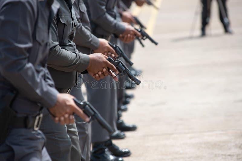 Treinamento de armas de fogo tático da polícia fotografia de stock royalty free