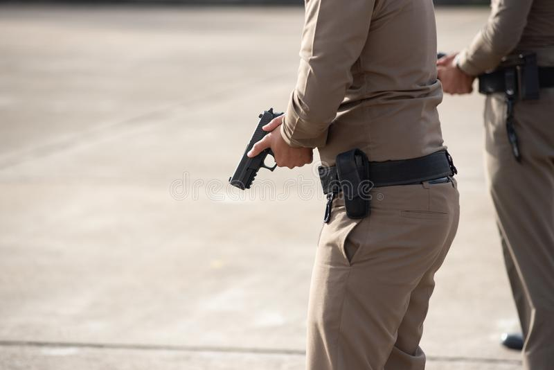 Treinamento de armas de fogo tático da polícia imagens de stock