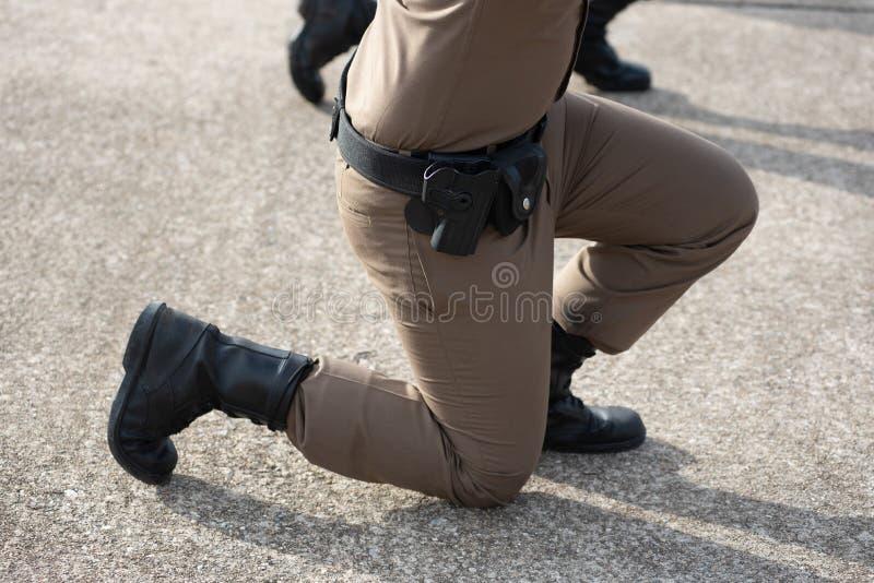 Treinamento de armas de fogo tático da polícia fotos de stock royalty free