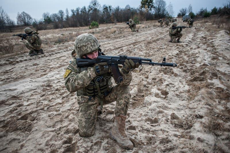 Treinamento médico militar e tático fotografia de stock royalty free