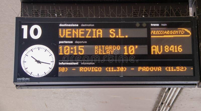 Treinvertrek aan Venetië stock foto's