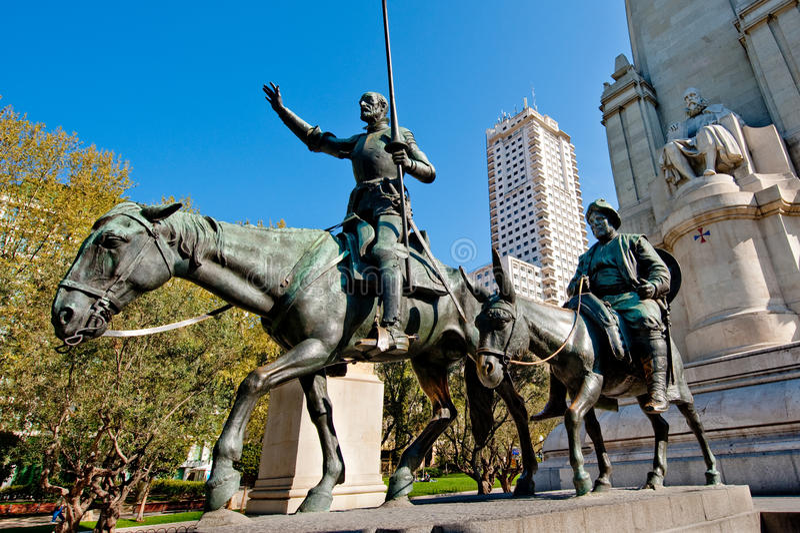 Trek Don Quichot, Sancho Panza en Cervantes aan royalty-vrije stock foto