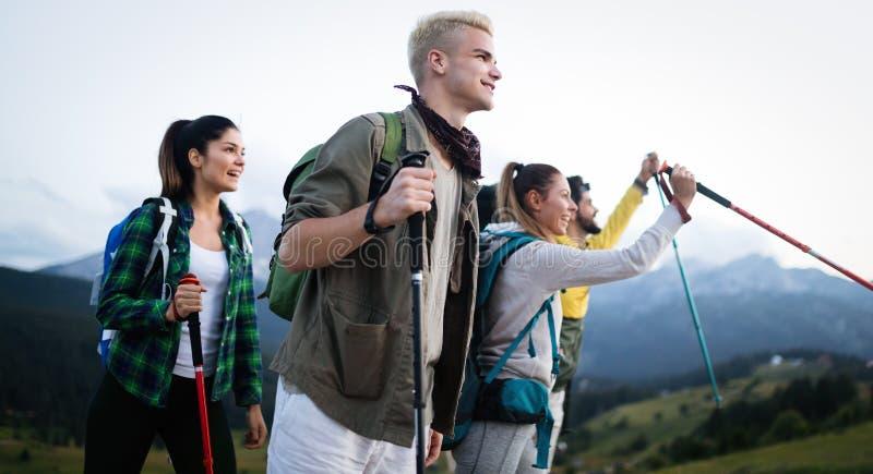 Trek van de de Ervaringsrugzak van de Wandelingsbestemming de Levensstijlconcept stock afbeelding