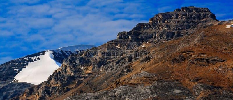 Trekking in Alberta Rockies royalty-vrije stock fotografie