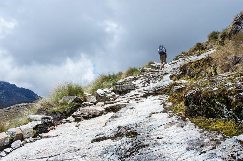 Trekking in den Bergen, Peru, Südamerika stockbild