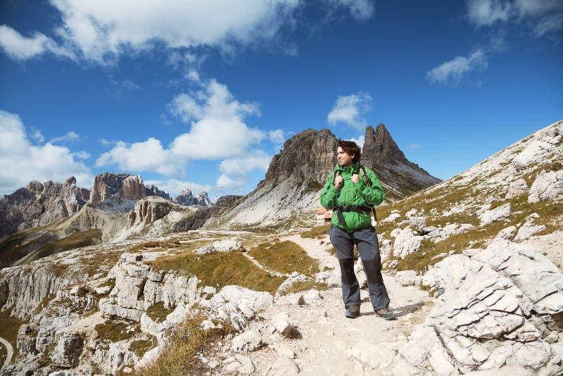 Trekking in dolomia, Italia immagini stock libere da diritti