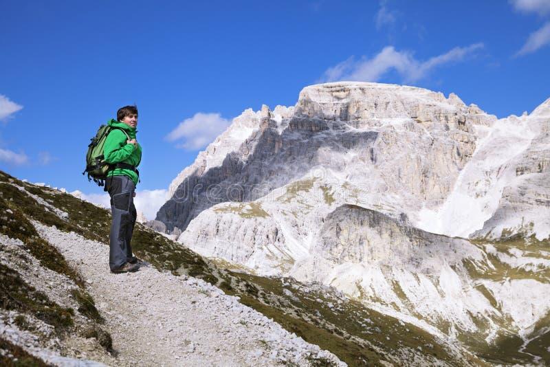Trekking in dolomia, Italia fotografia stock