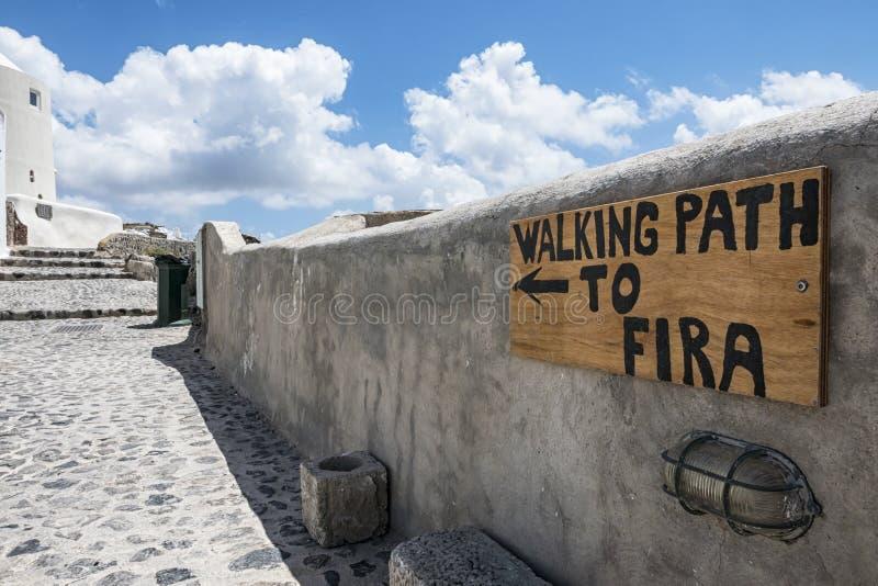 Trekking em Santorini foto de stock royalty free