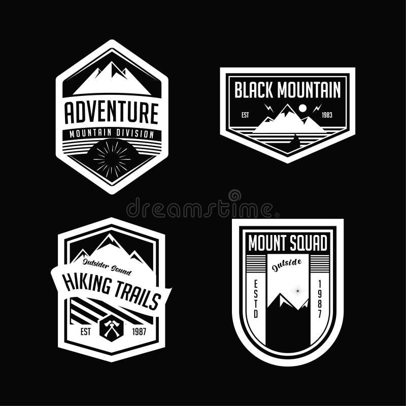 Trekking logo och emblem för berg stock illustrationer