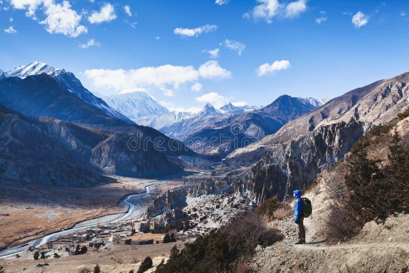 Trekking nel Nepal fotografia stock libera da diritti
