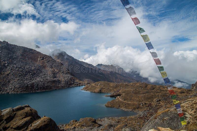 Trekking in Nepal stockbild