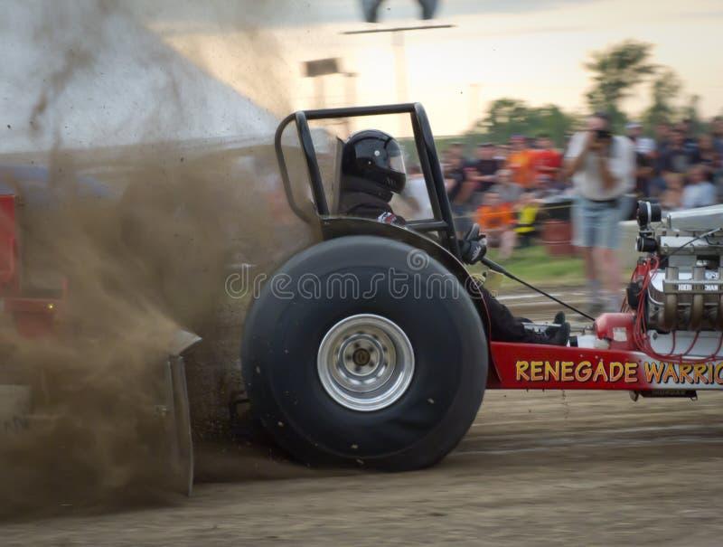 Trekkracht 9 van de tractor stock afbeelding
