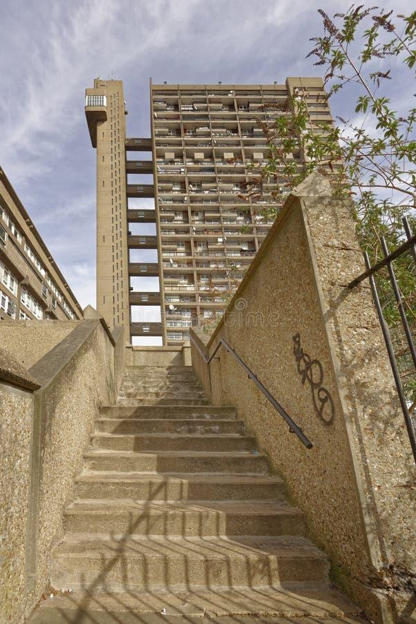 Trellick塔伦敦,野兽派Arquitecture 免版税库存图片