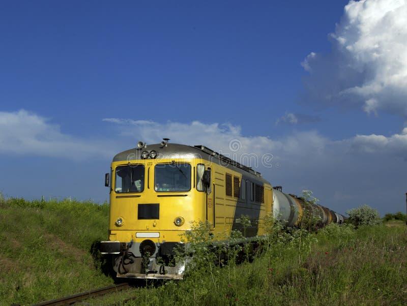 Trem amarelo imagem de stock